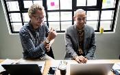 Cách Tự động hóa cuộc trò chuyện được hỗ trợ bởi AI trao quyền cho nhân viên để đạt được ...